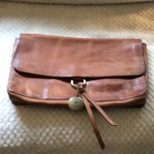 WILL Leather Clutch